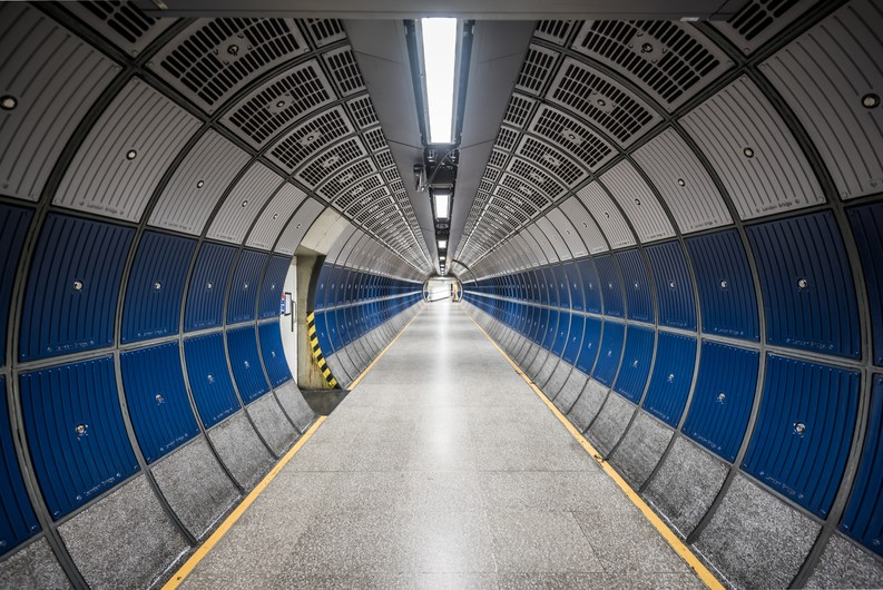 Industrial tunnel 00340