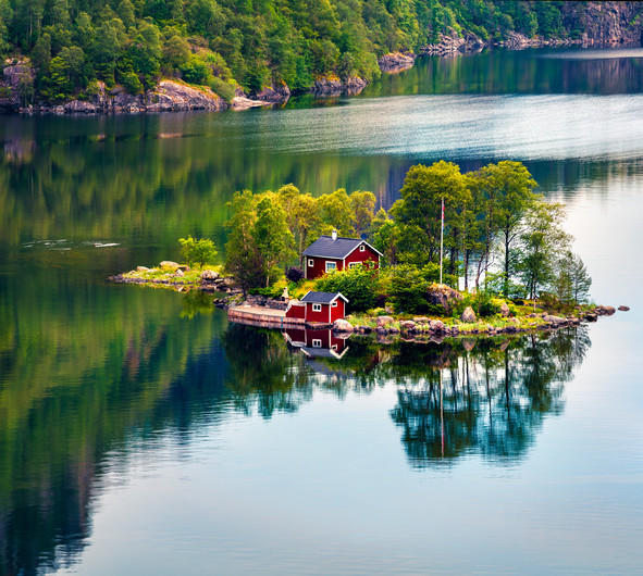 Island in the Fjord Loveforce 00740