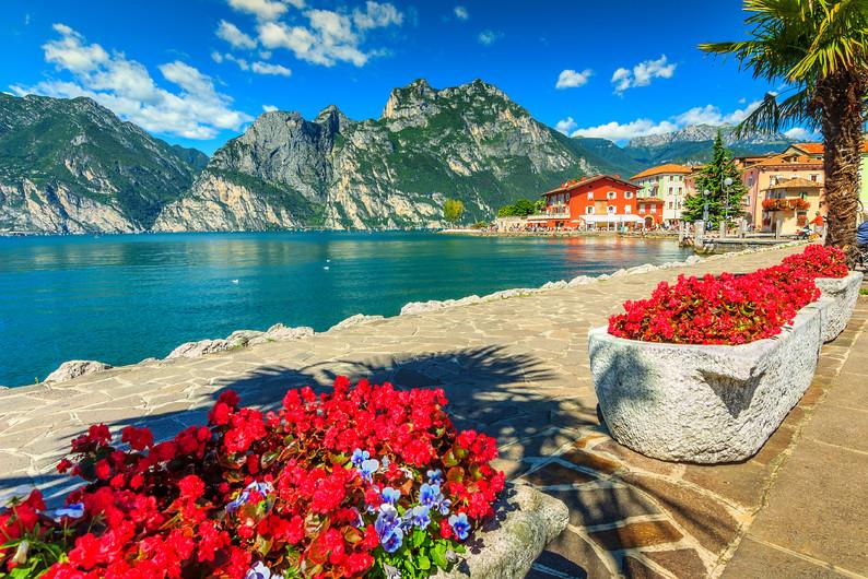Lake Garda, Italy 00480