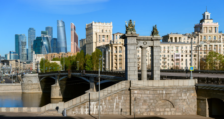 Moscow modern and ancient architecture. 00751