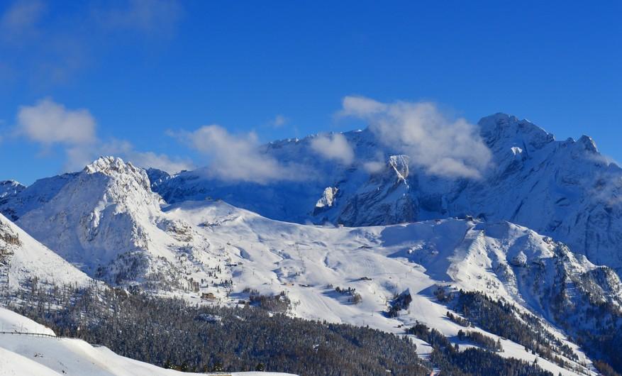 Mountain sky 00583