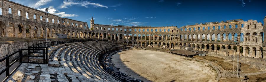 Roman amphitheatre in Pula, Croatia 00262
