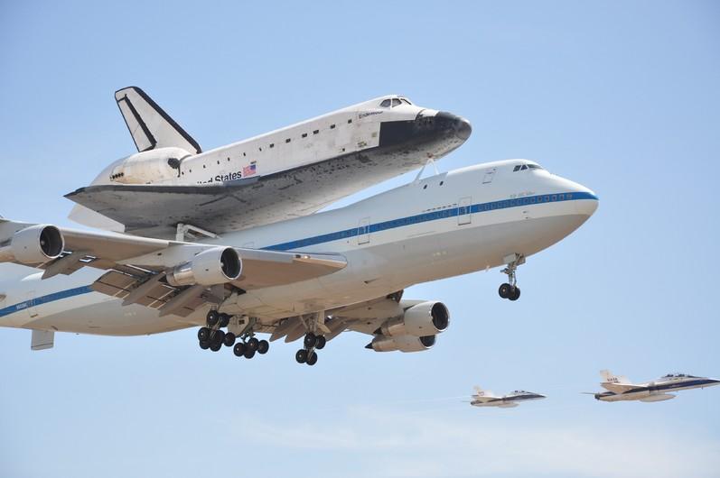 Space-shuttle 00658
