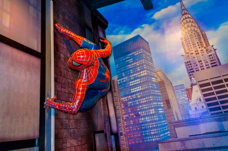 Spiderman on the wall 00181