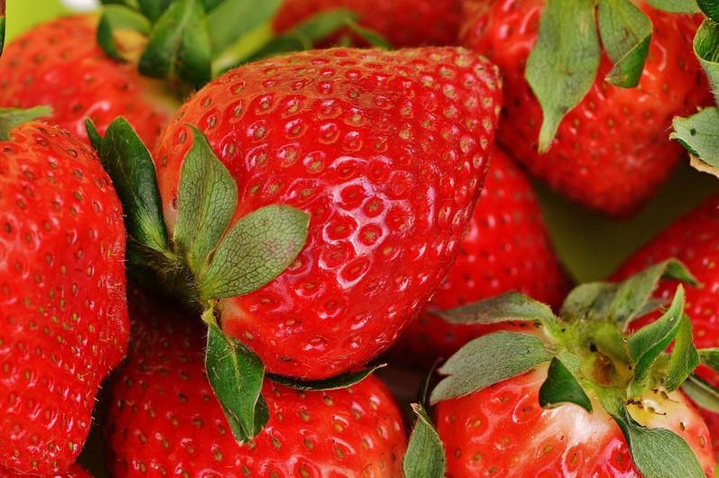 Strawberry 00671