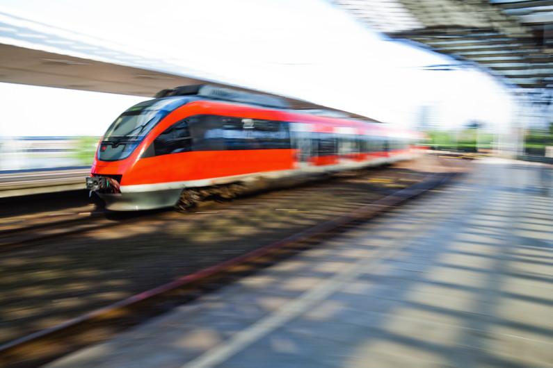 Train arrival 00795