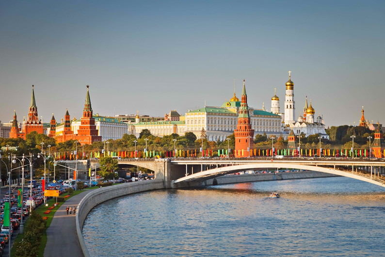 View of the Kremlin 00237